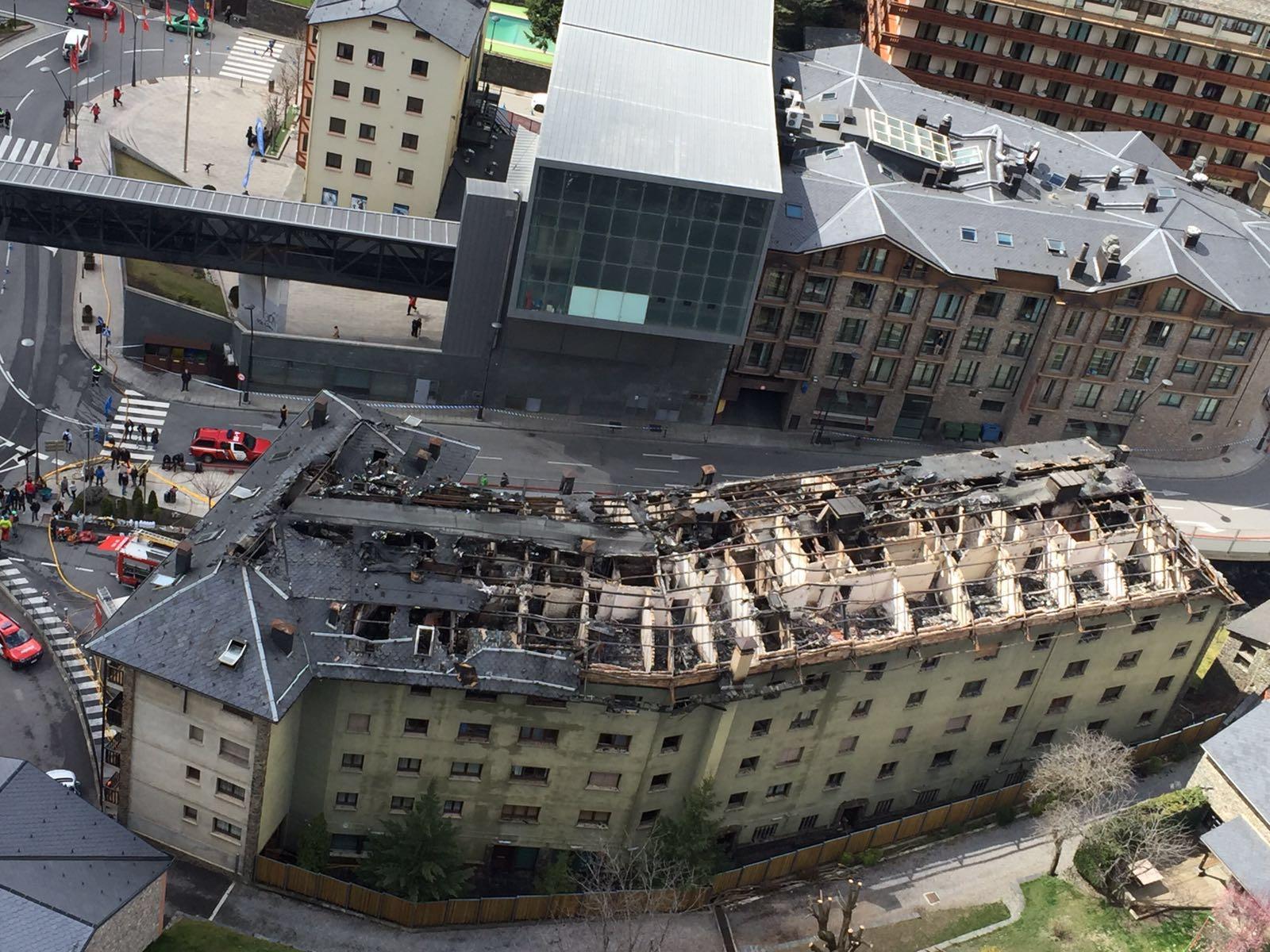 Incendi a l'edifici Tiffany's a la Massana - Marc Fortuny