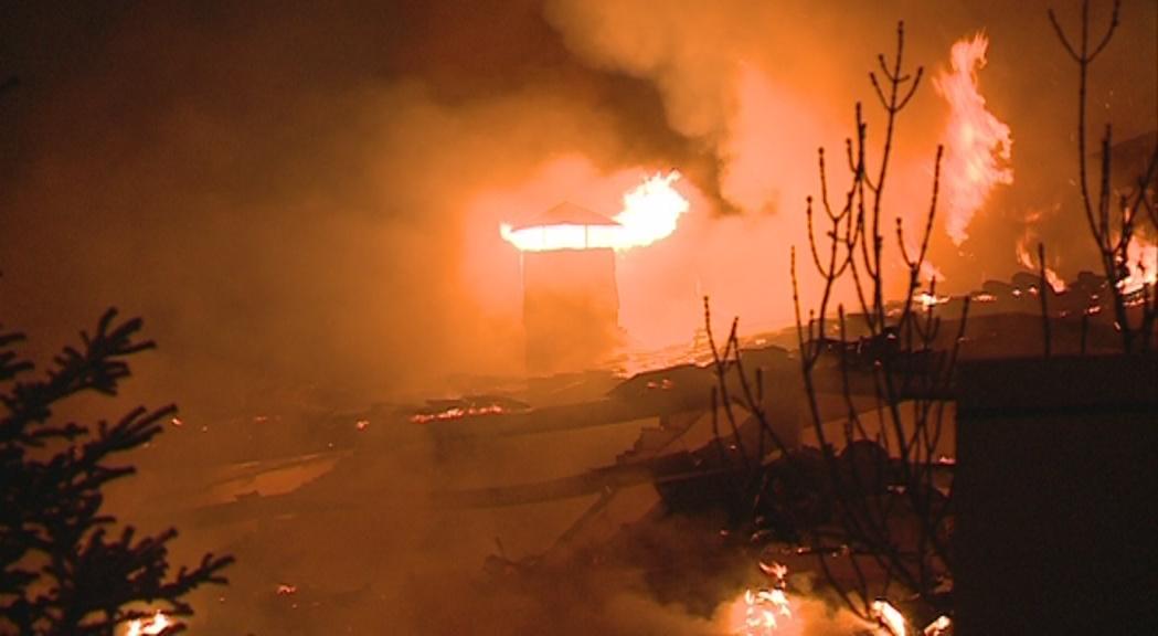 Incendi a l'edifici Tiffany's a la Massana - RTVA