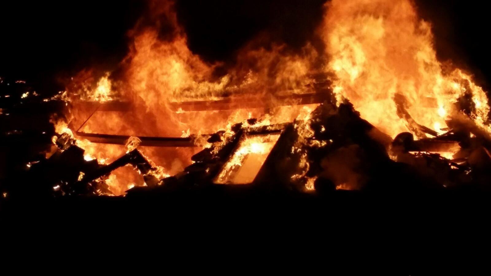 Incendi a l'edifici Tiffany's a la Massana - Lola Da Costa