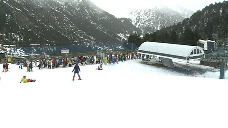 Els monitors d'esquí de l'AAPED es desmarquen de l'AAME