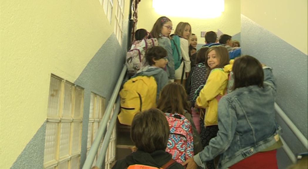 Uns 11.000 escolars tornen aquest dilluns a les aules
