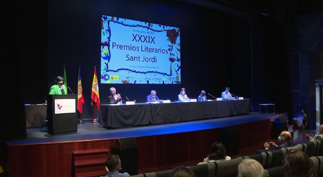 El col·legi María Moliner ha lliurat els premis literaris Sant Jo