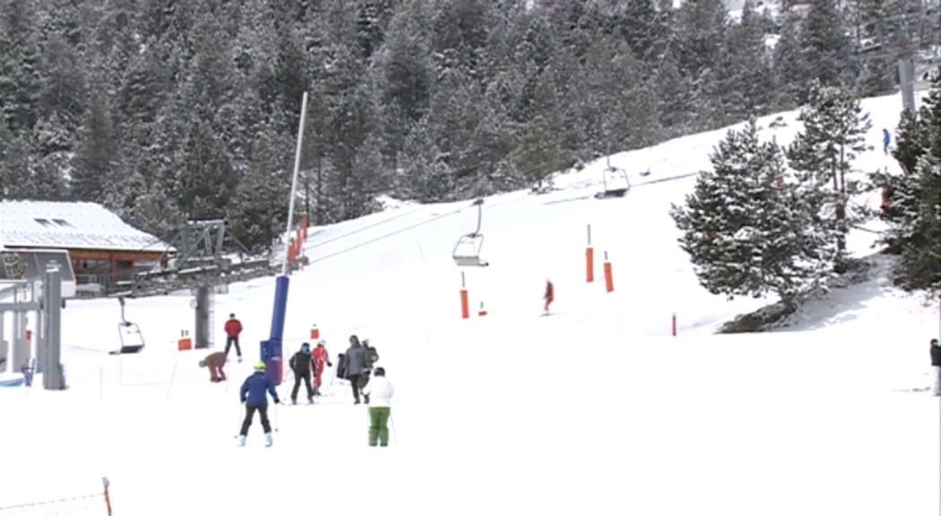 Poca afluència d'esquiadors en la penúltima jornada d'esquí a Grandvalira