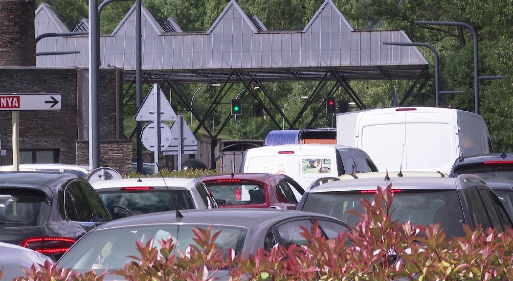 Agilitat per passar a Espanya després dels entrebancs administratius