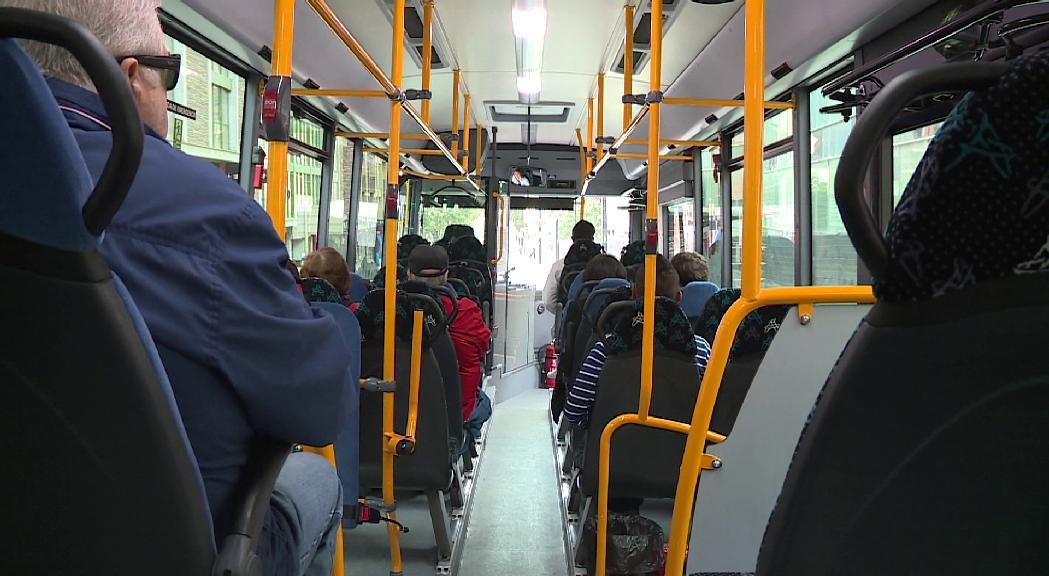 S'agreugen els problemes amb les línies de bus a Encamp i el Pas de la Casa