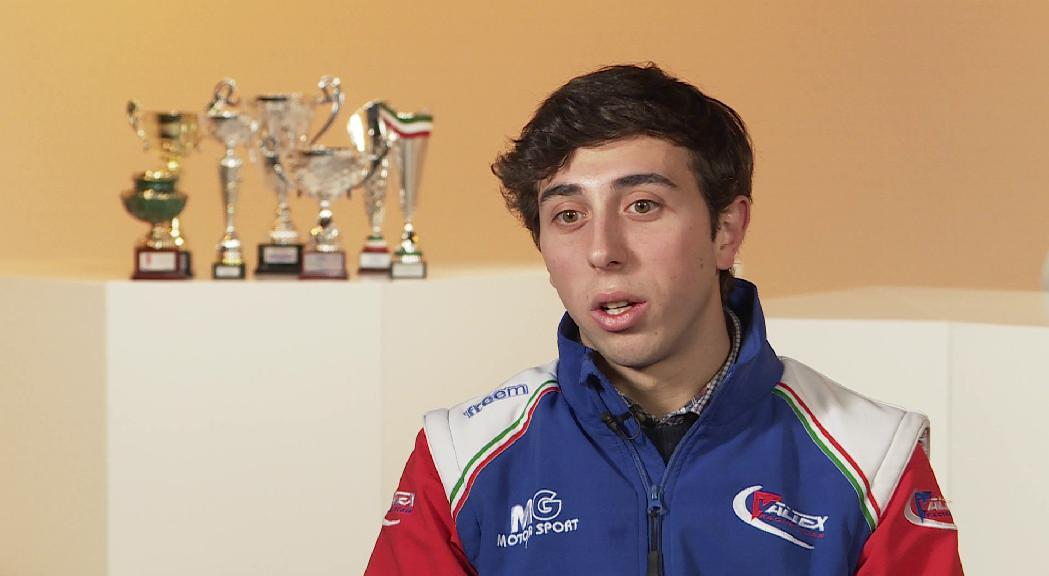 Àlex Machado: una temporada plena de trofeus