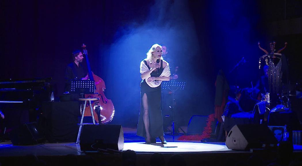 L'Auditori es transforma en un cabaret de l'Alemanya d'entreguerres amb l'espectacle d'Ute Lemper