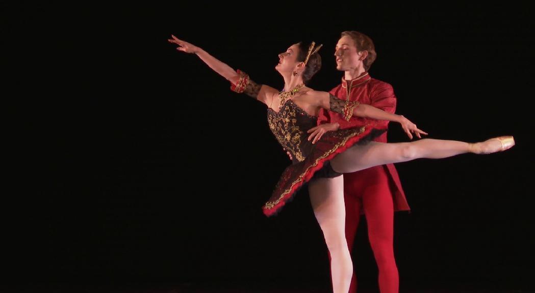 El Ballet Nice Méditerranée desplega el seu repertori d'estils a la Temporada