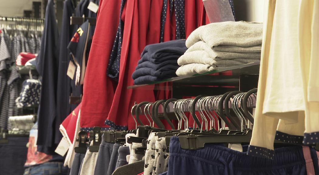 Les botigues de roba i sabateries s'adapten per la reobertura