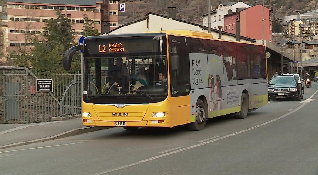 El Govern ha decidit afegir un autobús de reforç en