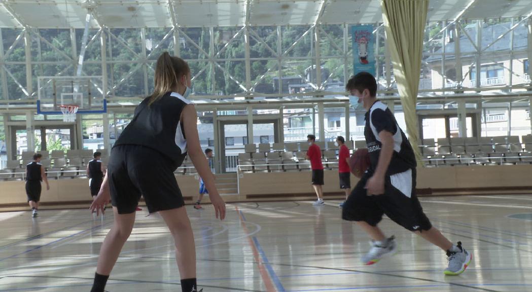 Un campus de bàsquet d'alt nivell per seguir fentprogressar la base