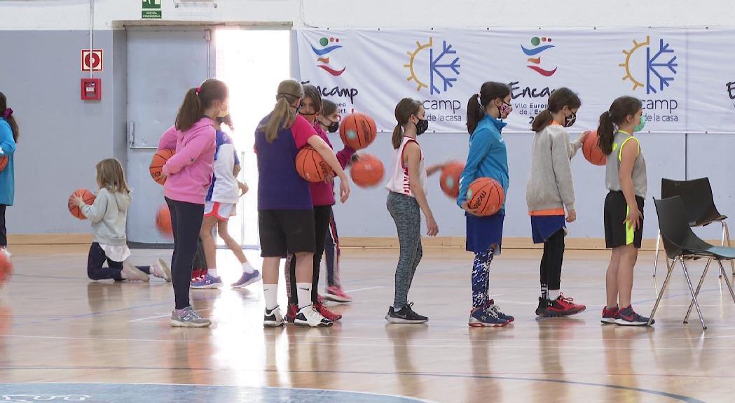 El Campus de carnaval confirma el bon moment del bàsquet femení de formació