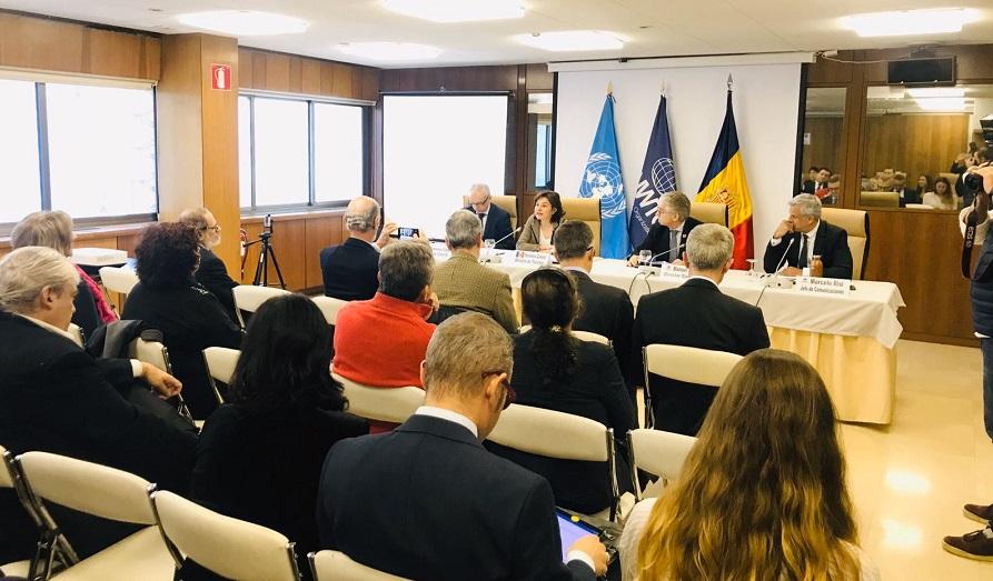Canals presenta a la seu de l'OMT  l'11a edició del Congrés de Neu i de Muntanya que es farà al març a Canillo