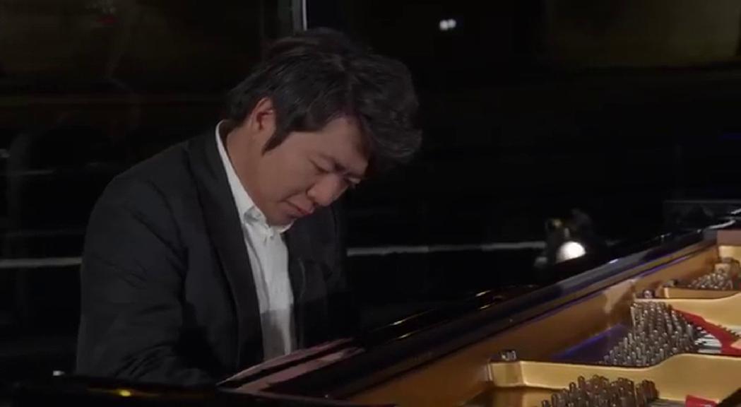 Era de preveure i finalment s'ha confirmat, el pianista xin&e