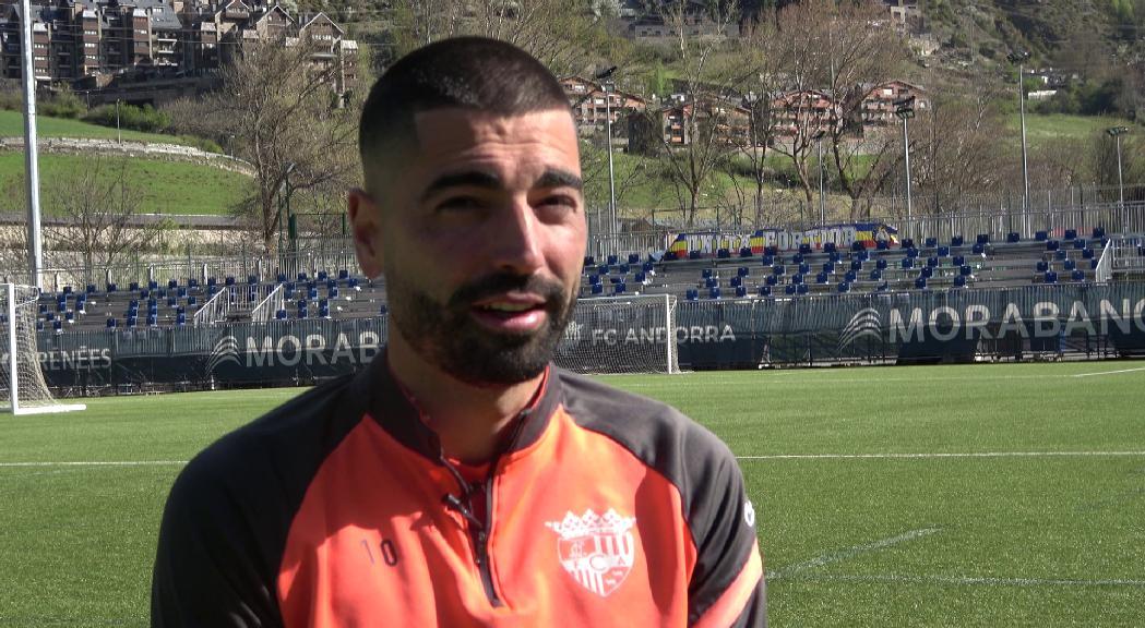 Carlos Martínez: el referent golejador del FC Andorra es fa centenari a segona B