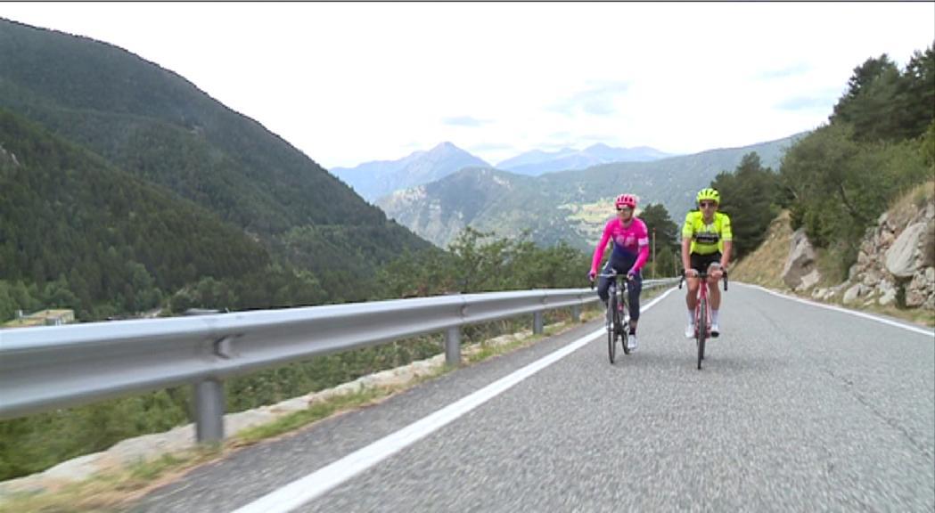 Els ciclistes professionals residents esperen poder tornar aviat a les carreteres