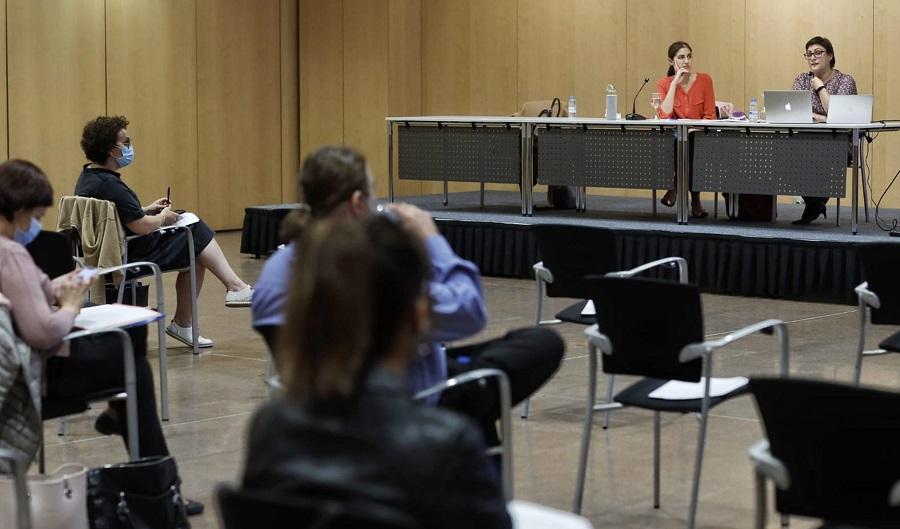Una cinquantena d'advocats participa en les jornades formatives sobre viole`ncia de ge`nere impartides per Afers Socials