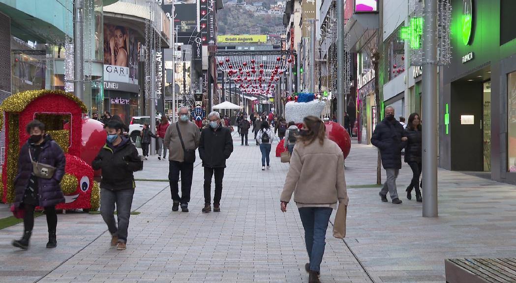Els comerciants de l'Eix Central volen que tota la plantilla es pugui acollir a la suspensió temporal del contracte