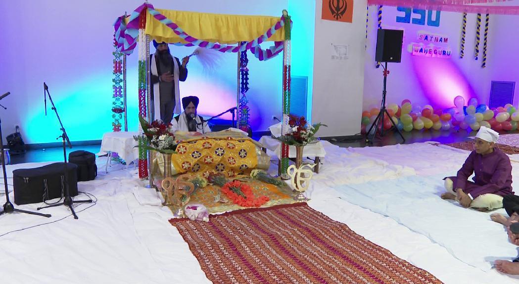 La comunitat Sikh celebra el 550 aniversari del naixement del seu primer guru