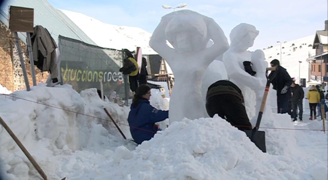 El concurs d'escultures de gel del Pas de la Casa, un important reclam turístic de la vila