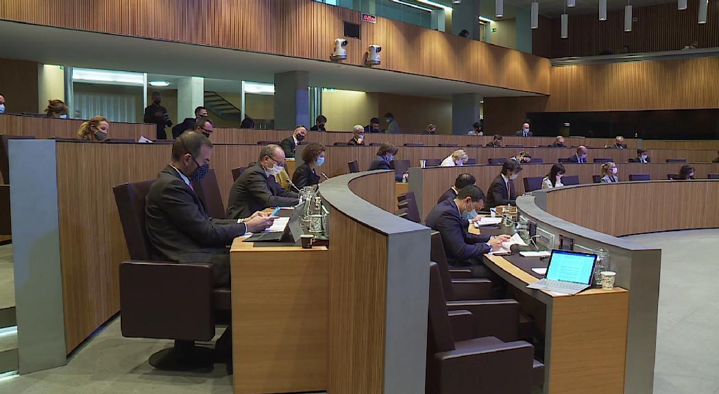 El Consell posa deures al Govern en habitatge, violència de gènere, economia, salut i treball