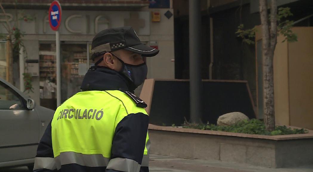 La consellera de Movem Ordino, Sandra Tudó, demana que s'equiparin els salaris dels agents de Circulació als de la resta de comuns