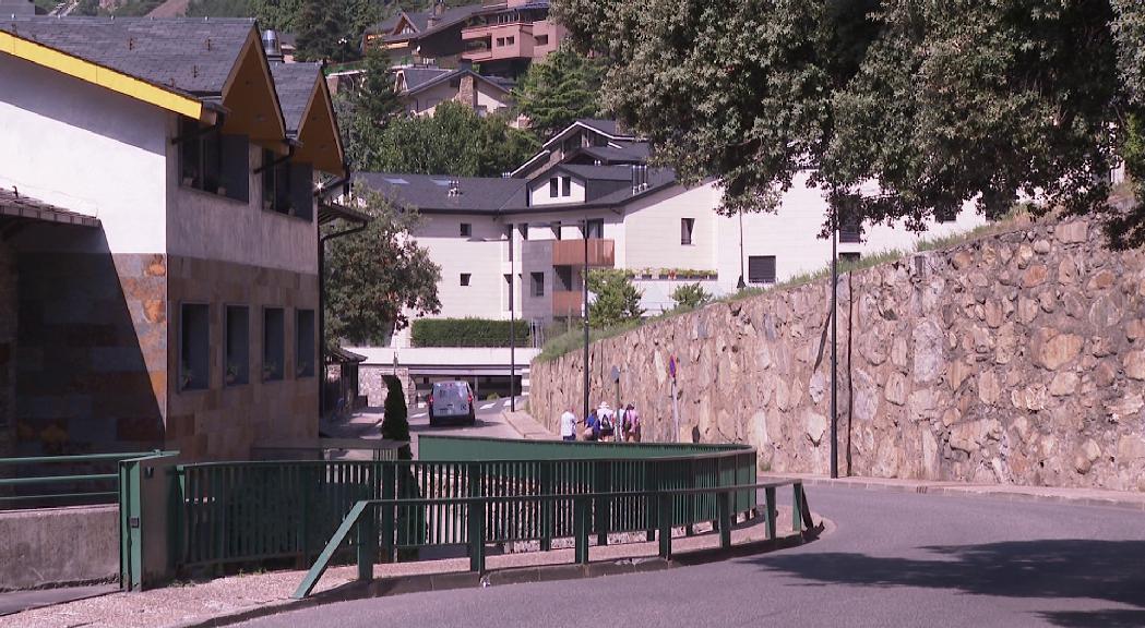 Les cònsols d'Andorra la Vella i Escaldes-Engordany discutiran el sentit únic del carrer Sant Andreu