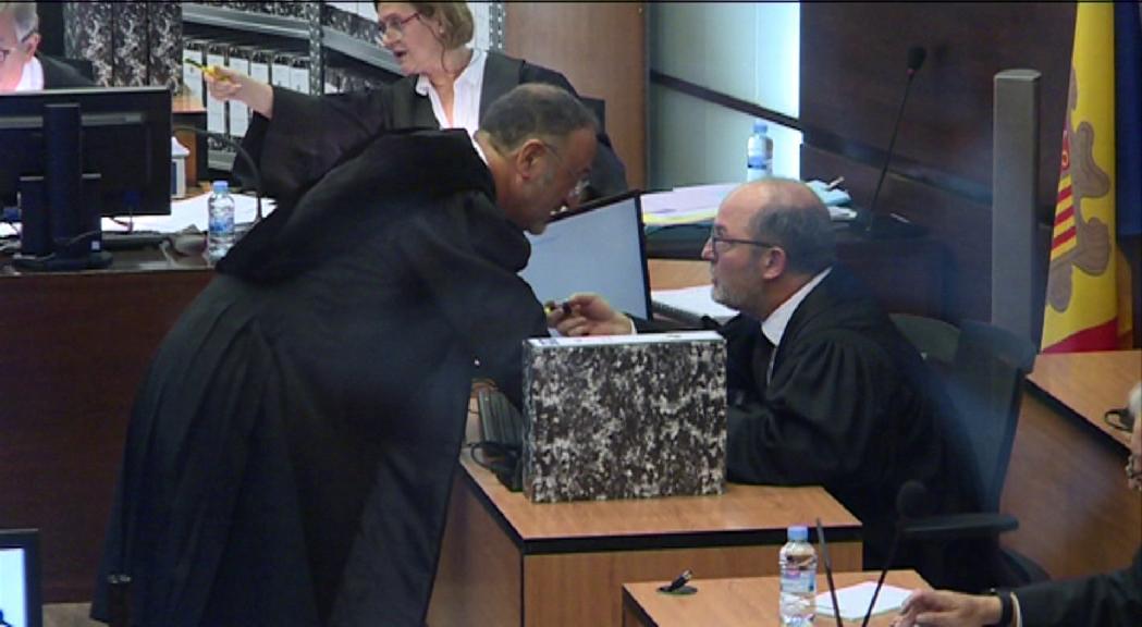 El Tribunal Constitucional ha desestimat la recusació del