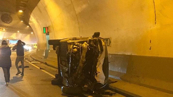Els accidents d'un vehicle i una moto al túnel de la Tàpia aquest dijous obliguen a tallar-lo en dues ocasions