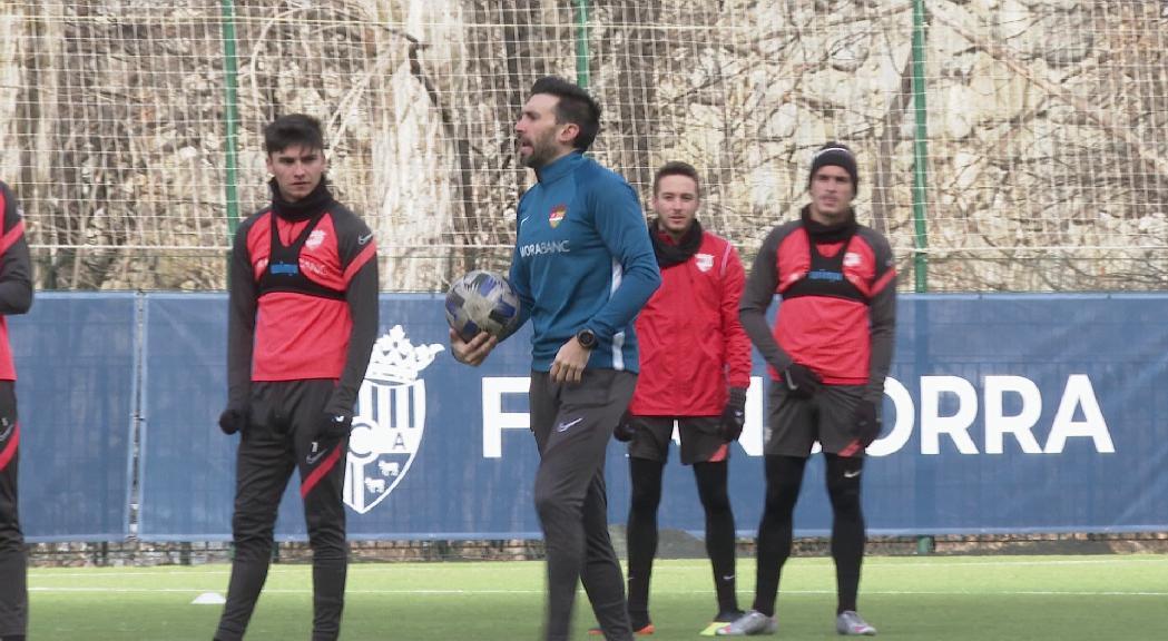 La Covid-19 ajorna el debut d'Eder Sarabia a la banqueta del FC Andorra