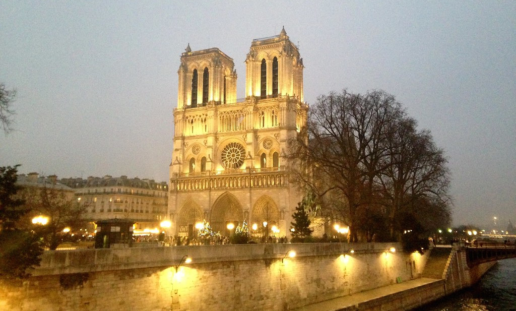 La catedral de Notre-Dame de París ha cremat aquest dillun