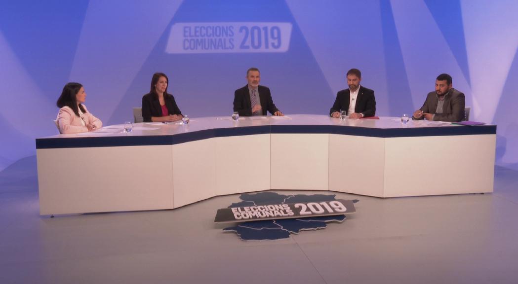 Crítiques als darrers mandats, propostes polèmiques i acord pels ajuts de l'habitatge i per retenir el FC Andorra en el debat d'Encamp