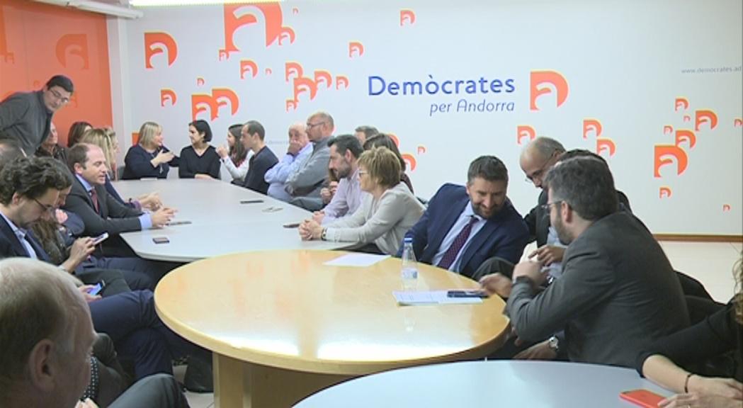 DA reuneix els seus càrrecs electes per analitzar la situació preelectoral
