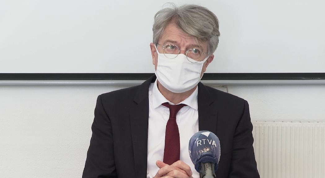 Sense data d'arribada per a les vacunes Moderna provinents de França