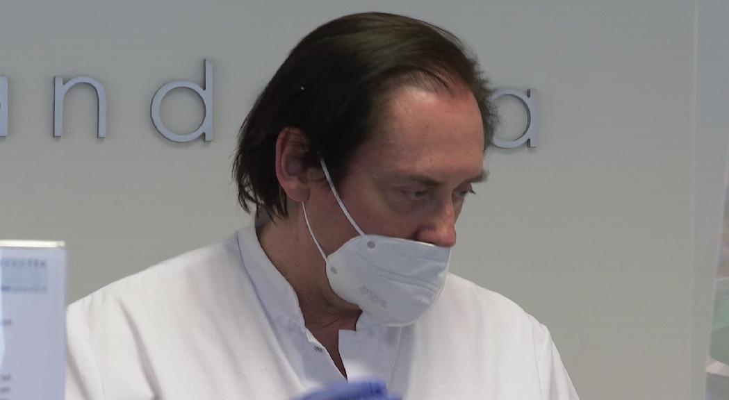 Els dermatòlegs detecten caiguda dels cabells i erupcions cutànies pel confinament