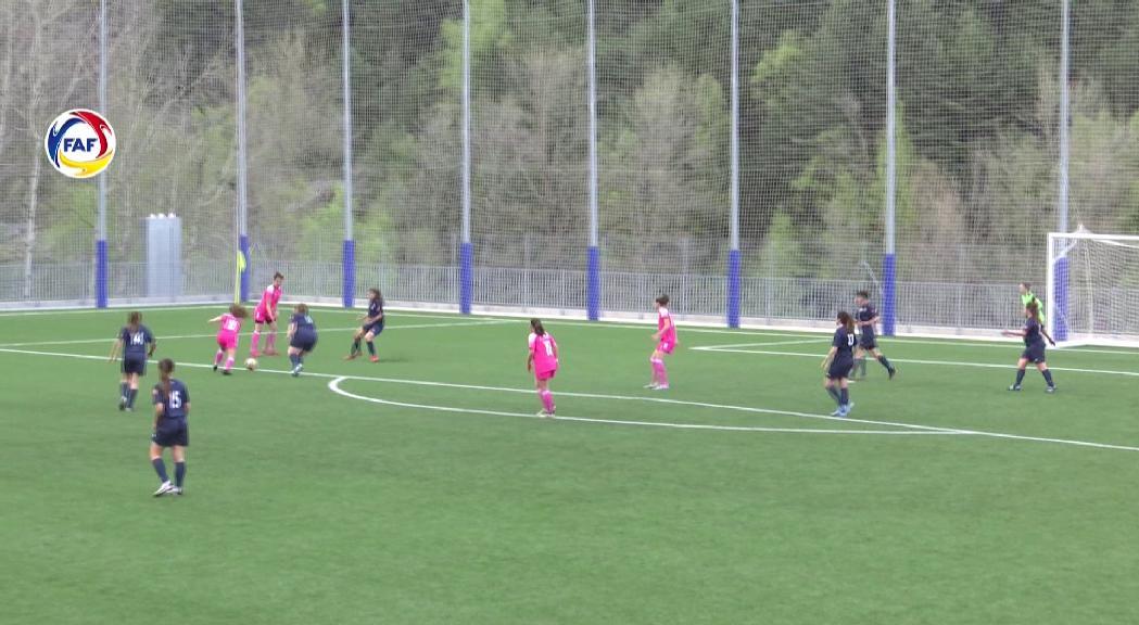 Derrota de l'Enfaf contra el femení Manu Lanzarote (0-4)