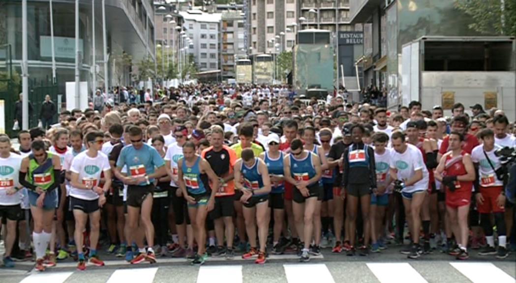 La desena cursa Illa Carlemany aplega prop de 2.400 participants