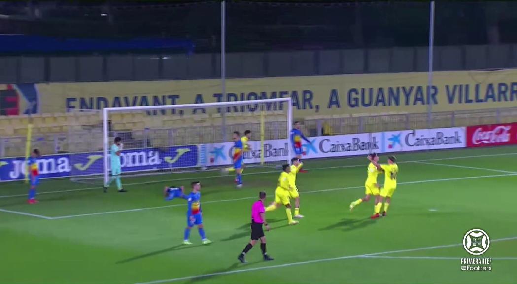 El domini estèril i l'àrbitre castiguen l'Andorra 2-0 al camp del líder