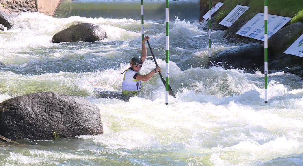 Doria s'ho juga tot a la repesca i es classifica per a les semifinals de canoa