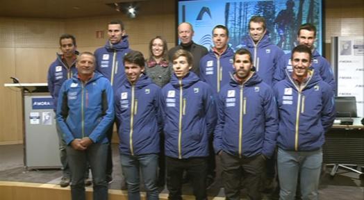 Els dotze membres de l'equip nacional d'esquí de muntanya volen fer un pas endavant aquesta temporada