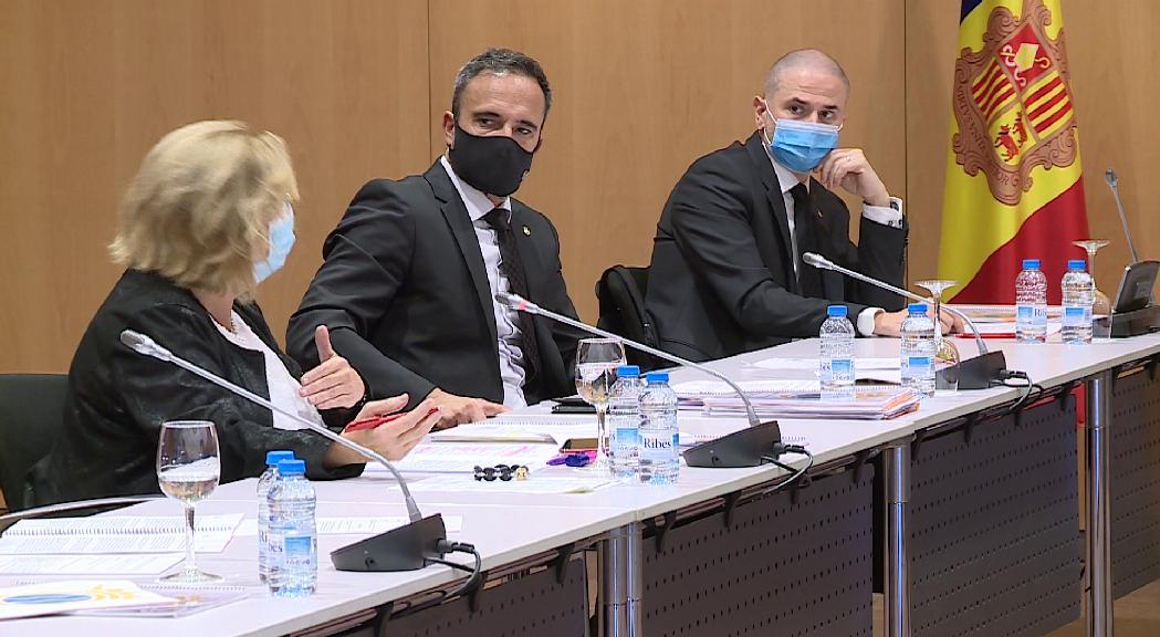 Dubtes al PS d'Andorra la Vella per la instal·lació de la roda de fira en el context de la pandèmia
