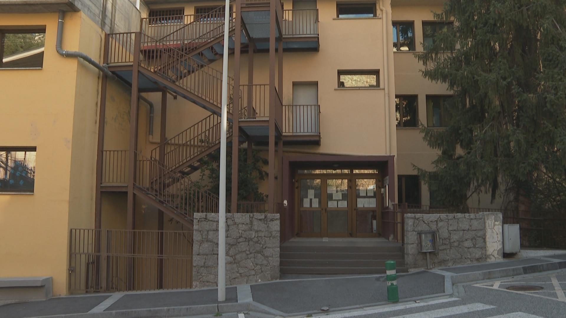 Dues classes confinades per Covid-19 a l'escola francesa d'Escaldes-Engordany i una altra al Janer