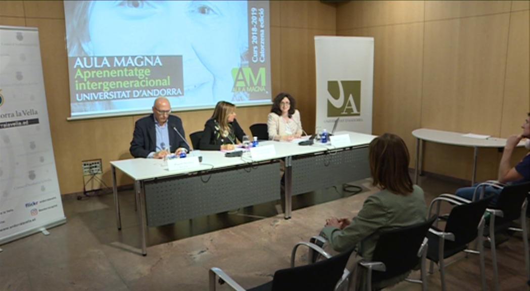 Eduard Tarrés tanca les conferències de l'Aula Magna amb les pintures murals de Santa Coloma