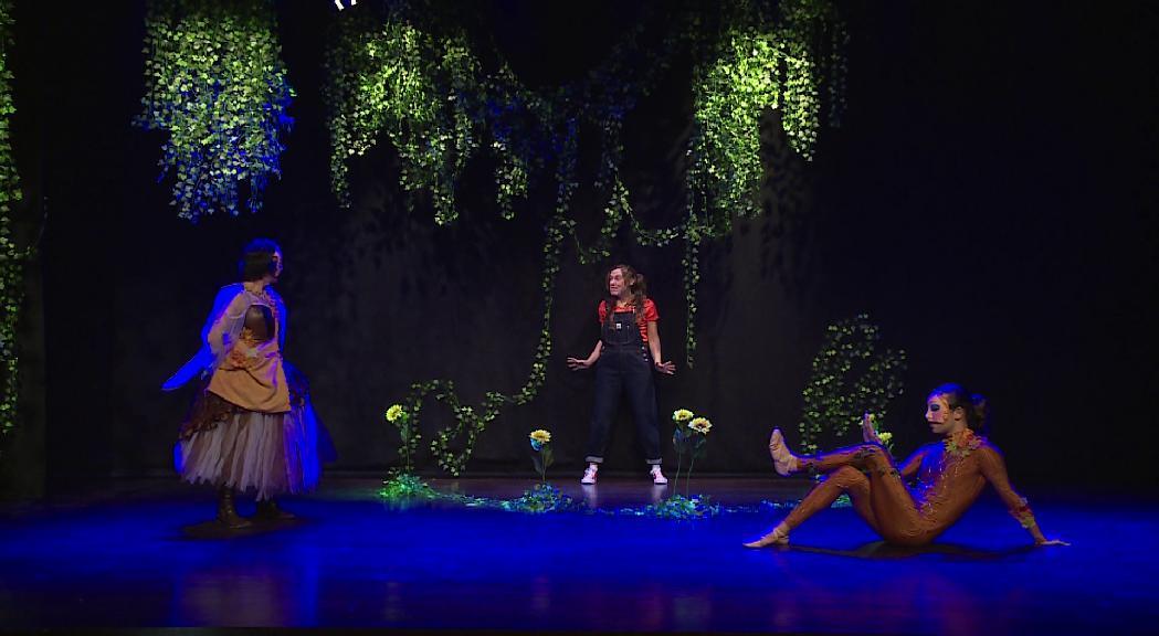 """L'ENA i Somhiteatre estrenen """"Clementina"""", una obra infantil contra els estereotips sexistes"""