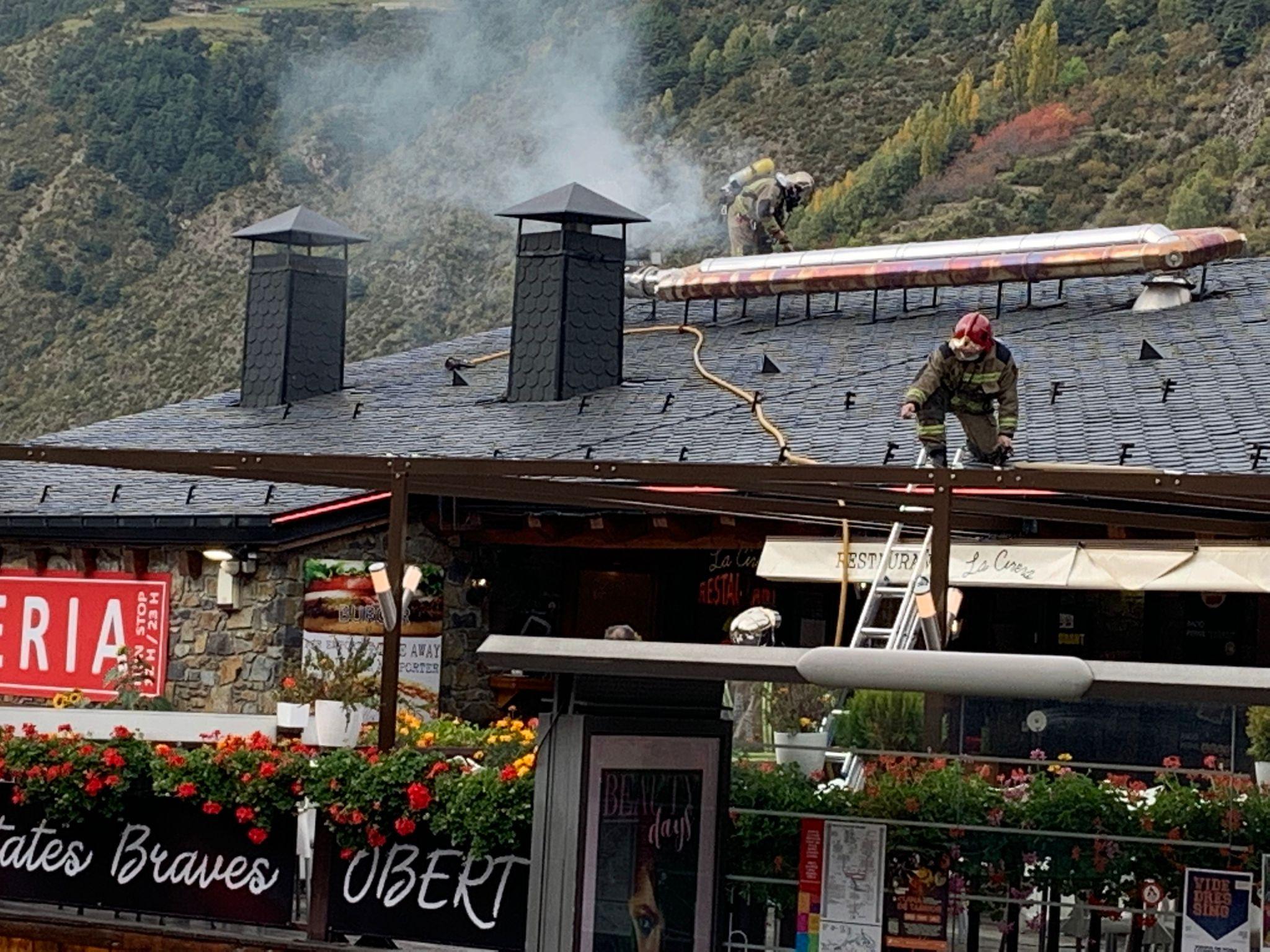 Ensurt en un restaurant d'Encamp en incendiar-se el motor de l'extractor