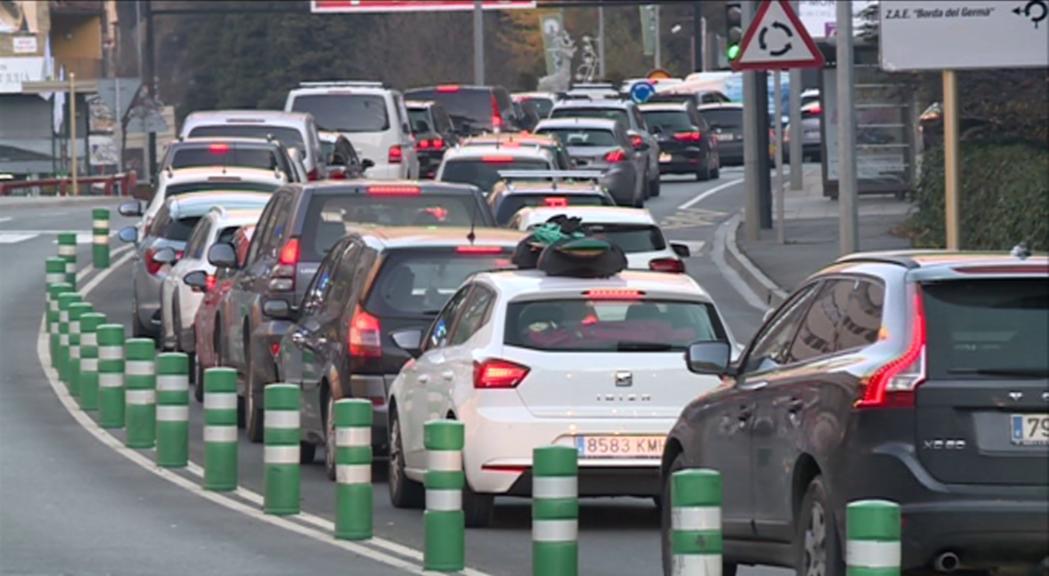 L'entrada de vehicles supera les previsions de Mobilitat