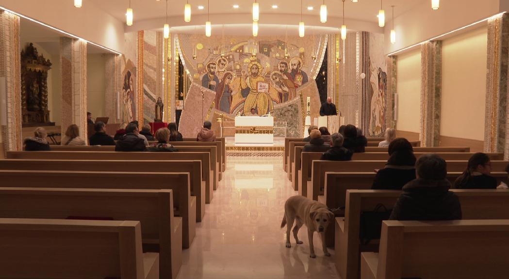 L'església de Sant Julià de Lòria acull la tradicional benedicció dels animals en la missa de Sant Antoni