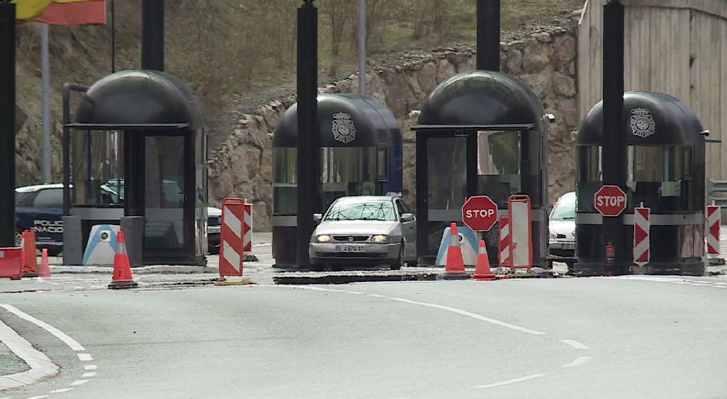 Espanya i França informen de les restriccions per accedir al seu territori