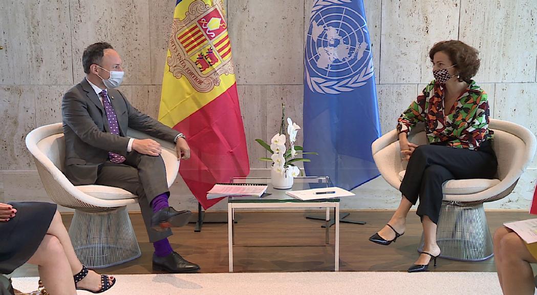 Espot exposa a la directora general de la UNESCO la candidatura per considerar Andorra reserva de la biosfera
