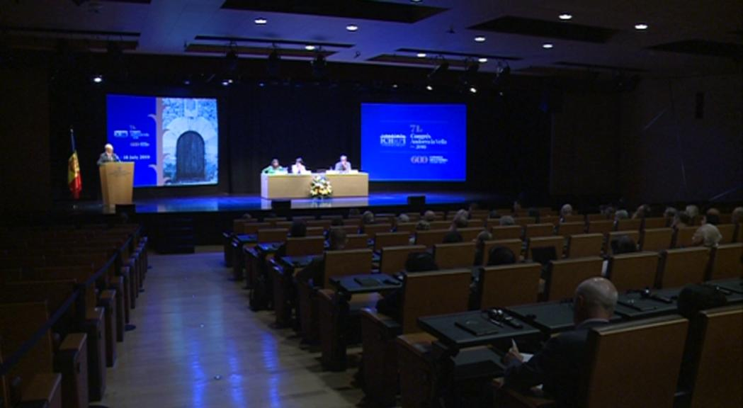 Experts de diversos països analitzen a Andorra la història del parlamentarisme